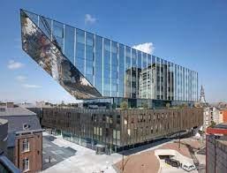 Klassiek & Architectuur: Stadhuis Hasselt